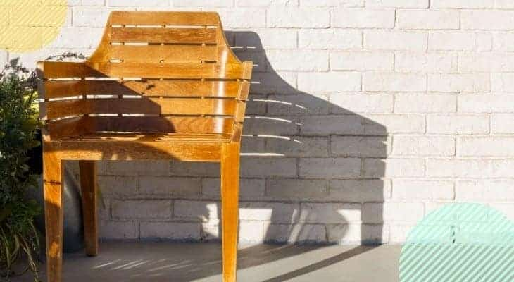 How to Protect Outdoor Wood Furniture Easily!